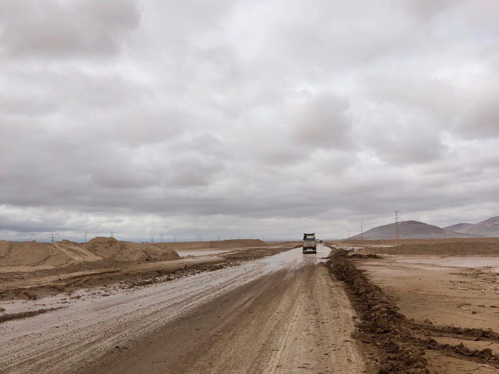 Ruta 5 überspült vom Regen
