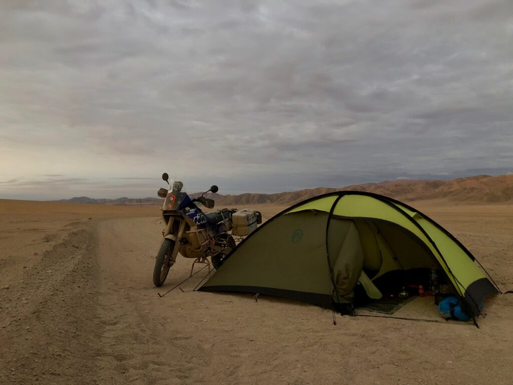Zelten in der Atacama Wüste