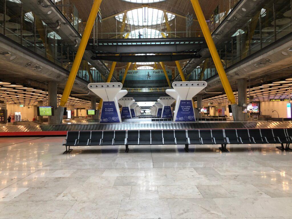 Leerer Flughafen in Madrid